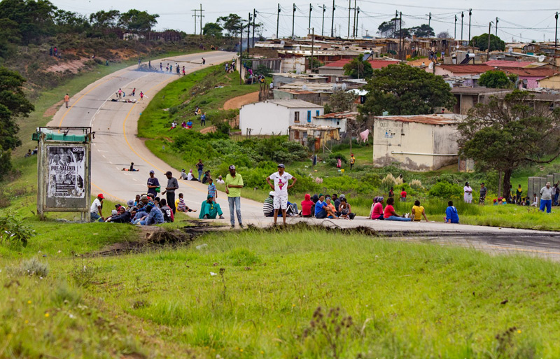 Protests on R330 between St Francis an Humansdorp