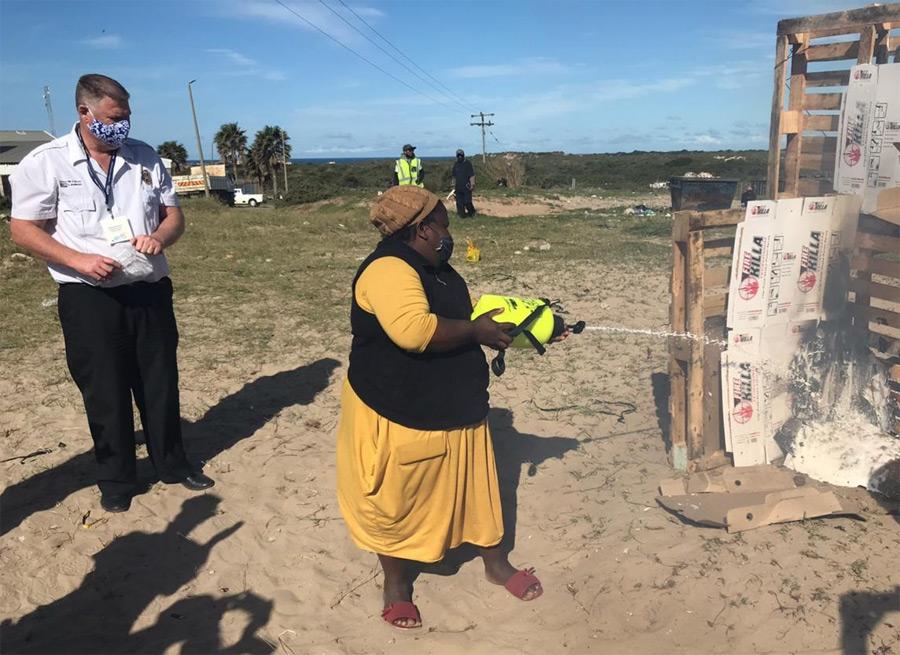 Kouga townships receive fire fighting equipment